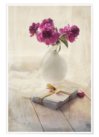Poster Premium Still life with pink peonies and love letters