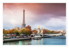 Poster Premium Eiffel tower and river Seine at sunset, in autumn, Paris, France
