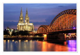 Poster Premium  Cologne Cathedral and Hohenzollern Bridge at night - Oliver Henze