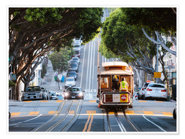 Poster Premium  Cable tram in a street of San Francisco, California, USA - Matteo Colombo