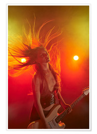 Poster Premium  Rock girl playing the electric guitar