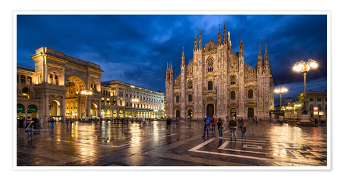 Poster Premium Cathedral Square and Cathedral of Milan at night, Milan, Italy