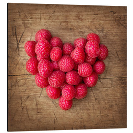 Stampa su alluminio  Heart from berries - Elena Schweitzer