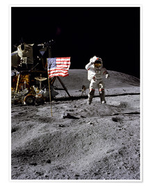 Poster Premium  Astronaut of the 10th manned mission Apollo 16 on the moon