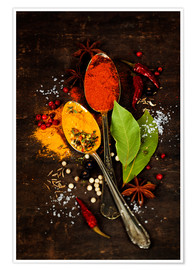 Poster Bright spices on an old wooden board