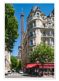 Poster Premium Eiffel tower with street cafe in Paris, France