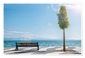 Poster Premium  Shore of Lake Garda with Alps on the horizon