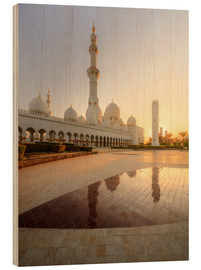 Legno  Sheikh Zayed mosque in golden robe