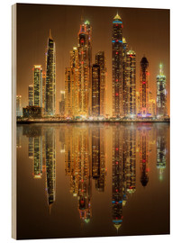 Legno  Lighting the Dubai Marina Bay