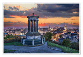 Poster Premium  Edinburgh against sunset with Calton Hill