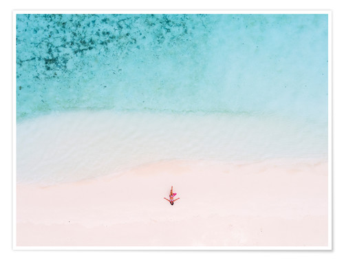 Poster Premium Drone view of woman on the beach, Maldives