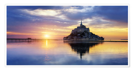 Poster Premium Le Mont-Saint-Michel at sunset