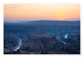 Poster Premium  Fish River Canyon at sunset, travel destination in Namibia - Fabio Lamanna