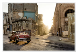 Poster Premium Vintage car on the streets of Havana