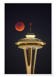 Poster  Blood moon over Seattle Space Needle - Gary Luhm