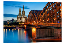 Stampa su vetro acrilico  Cologne Cathedral and Hohenzollern Bridge at night - Jan Christopher Becke