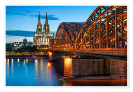 Poster Premium  Cologne Cathedral and Hohenzollern Bridge at night - Jan Christopher Becke