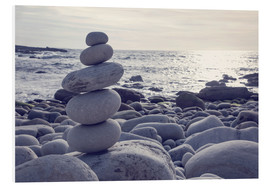 Forex  Pyramid of pebbles on the sea front - Elena Schweitzer